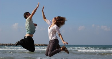 Saltar-Diversión-Playa-Mar