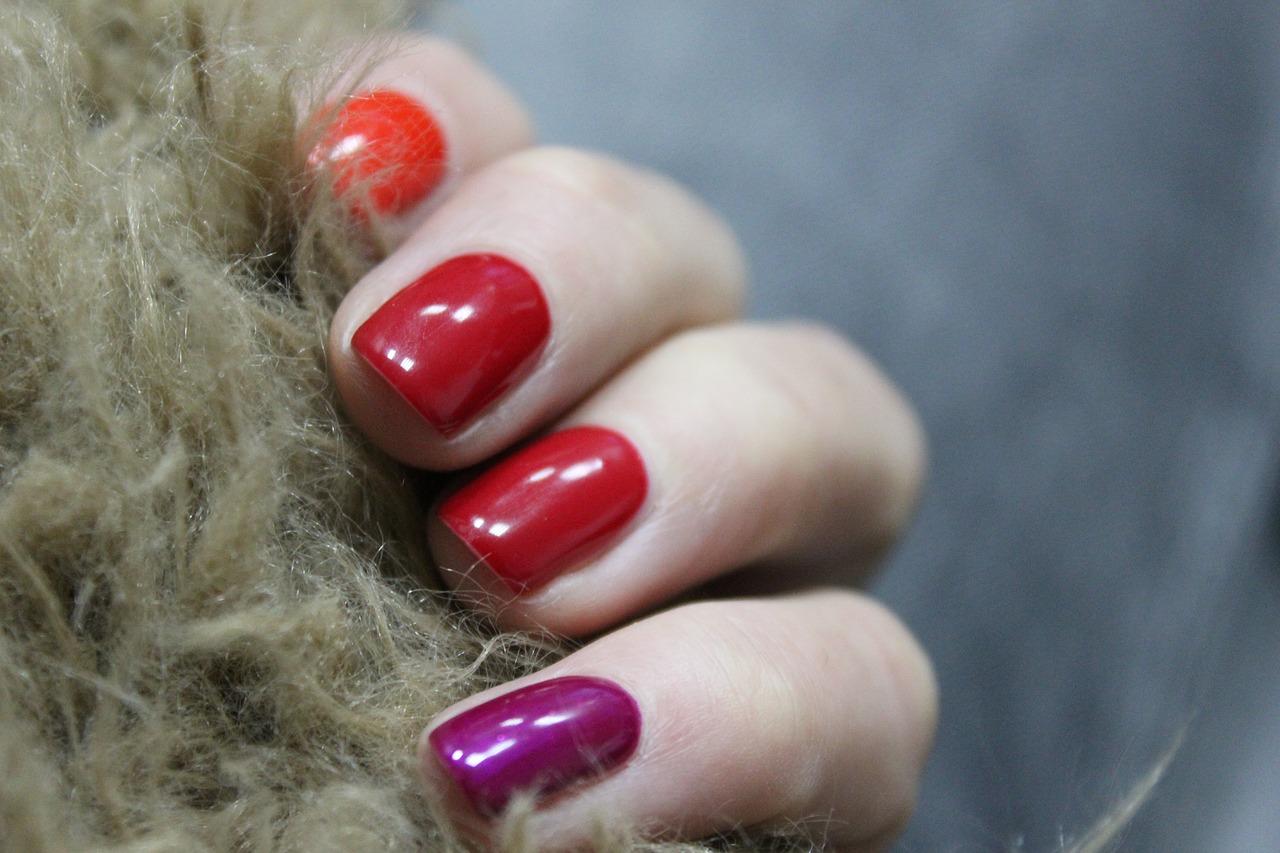 uñas de mujer pintadas
